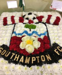 funeral flowers southampton fan